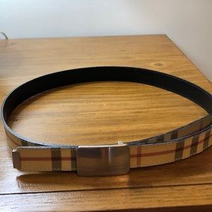 Burberry plaid belt w silver buckle